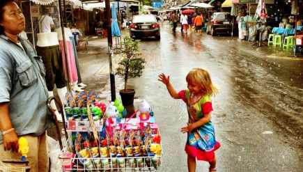 a-kids-morning-out-at-the-chatuchak-markets-1-min