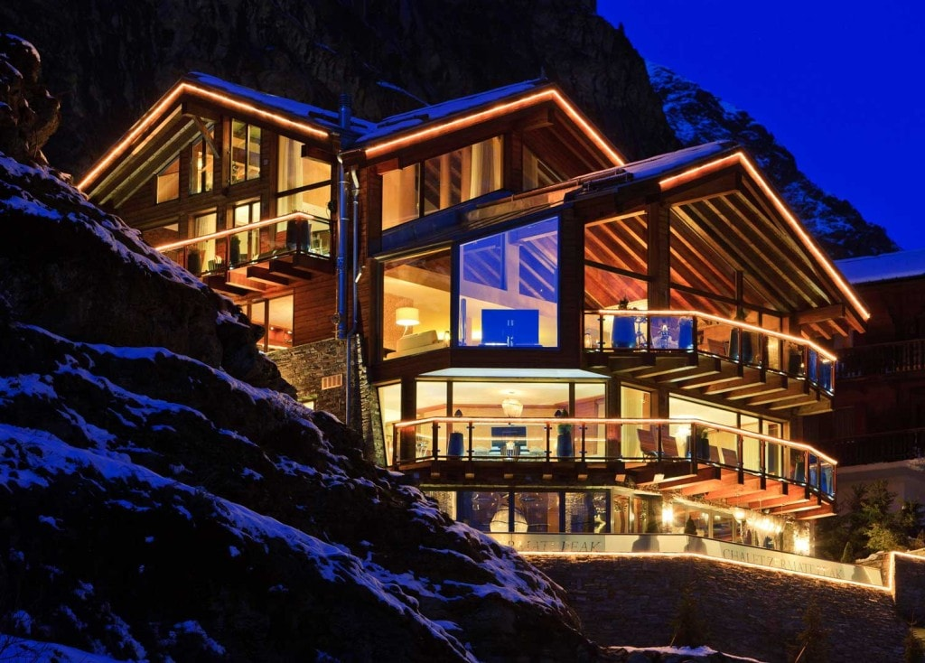 explore-the-best-and-most-expensive-chalets-to-spend-vacations-3-min